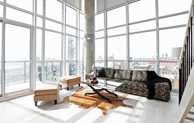 Liberty Village Soft Loft with a view